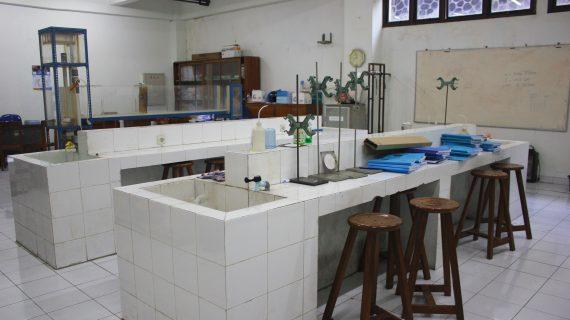 Jasa Konsultasi Anggaran Laboratorium Kimia